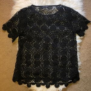 Banana Republic M medallion lace top black